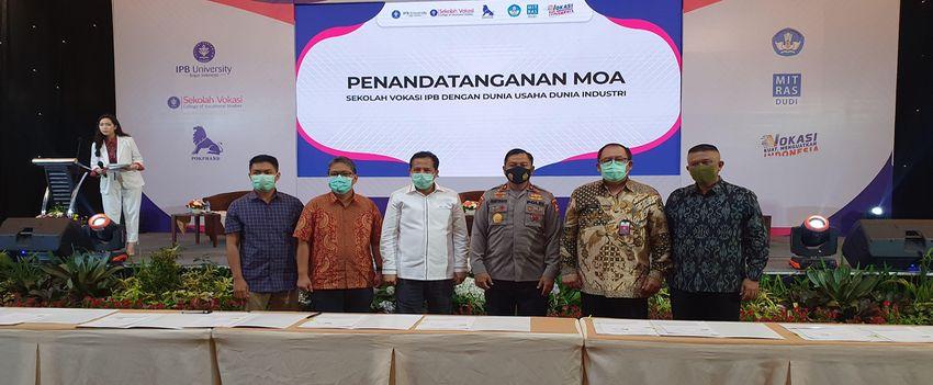 IPB dan Tri Grup Sepakati Kerjasama Akademik