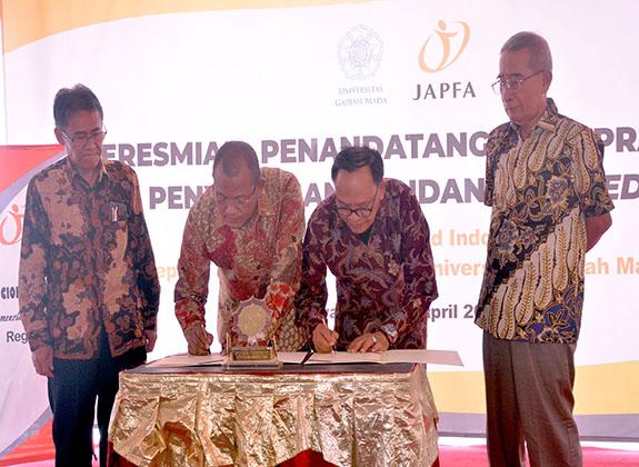 JAPFA Hibahkan Research Farm untuk Ulang Tahun Emas UGM